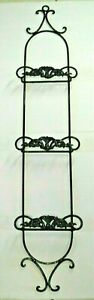 vtg Wrought Iron wall hanging 3 Plate display Rack black Hollywood scroll