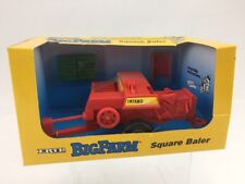 Ertl Big Farm 1:32nd Scale Die-Cast Metal Square Baler ref 4168