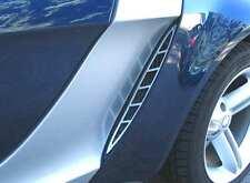 Smart Roadster / 2 Aluminium eloxierte glatt matte Lüftungsgitter für Radkästen