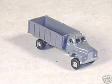 N Scale 1955 B Model Mack Farm Truck