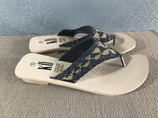 BNWOT Ladies Size 7.5 KO Brand detail Beaded strap with heel Thongs sandals shoe