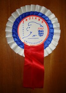 CLASSIC ENGLAND EUROPEAN CHAMPIONSHIP 1992 ROSETTE IN GOOD USED CONDITION