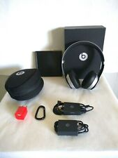 Beats by Dr. Dre Solo2 Wireless Oo the Ear Headphones - Space Gray Foldable,Case