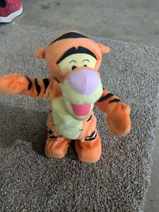 """Disney 1998 Mattel Talking Bouncing Tigger Plush Toy 12"""" WORKING tested"""