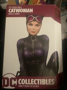 DC Collectibles Cover Girls Catwoman by Joelle Jones Statue, Harley Quinn