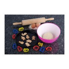 Set 10 pezzi formine per biscotti con teglia da forno e mattarello e scodella