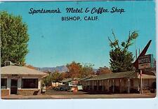 BISHOP, CA California SPORTSMANS Motel Coffee Shop c1970sCars Roadside  Postcard