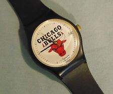 Chicago Bulls NBA Vintage Bulova Sportstime Mens Wristwatch Calender