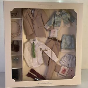 """Silkstone Barbie doll """"New England Escape"""" Gift set. Fashion Collection"""