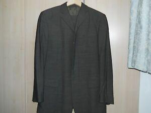 Super Vintage Dolce and Gabbana Men's Suit 34 chest 34 waist 31 inside leg