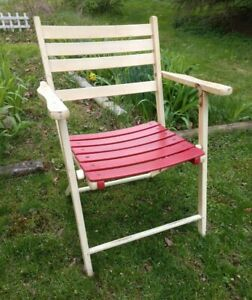 LOVELY PATINA! Vintage Folding Deck Chair by Telescope Folding Furniture Co. MCM