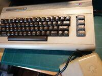 Commodore 64 biscottone originale con alimentazione power supply C64