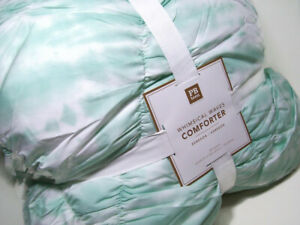 Pottery Barn Teen Aqua Pool Whimsical Waves Ruched Gathered Full Queen Comforter