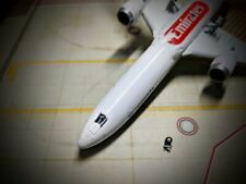 New 1/400 Gemini Emirates 787-10 GJUAE1761 *broken nose gear*