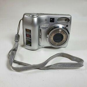 Nikon CoolPix 7600 7.1 Megapixels 3x Zoom Nikkor ED Lens Tested Working