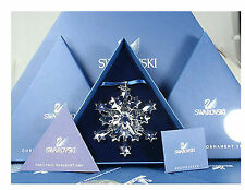 NEW Swarovski 2004 Crystal Star SNOWFLAKE CHRISTMAS ORNAMENT Rockefeller Center!