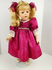 "MARIE OSMOND "" Helena Quite A Pair ""- 24"" porc doll"