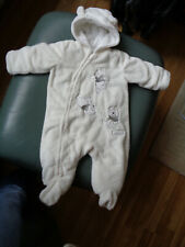 Disney Baby snowsuit age 3-6  months white GOOD CONDITION ONLY WORN THE 1TIME