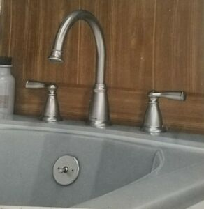 MOEN 86924SRN 2-Handle Deck-Mount Roman Tub Faucet in Spot Resist Brushed Nickel