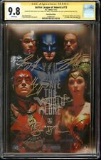 Justice League #15 Photo CGC 9.8 SS CGC SS Cast Signed Affleck, Gadot, Cavill +2