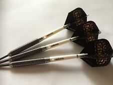 NEW APACHE BLACK/GOLD 36g TUNGSTEN Darts Set, Unicorn Grippers & HARROWS Flights
