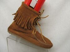 MINNETONKA Brown Suede Lace Up Fringe Moccasin Ankle Boots Booties Womens Sz 10