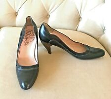 "JOHN FLUEVOG size 9.5 TEA CUP SERIES ""OOLONG"" PUMPS Black Leather Heels"