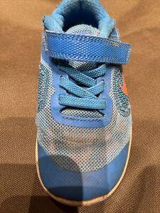 2 Paar Nike Jungen Sneakers Gr. 26