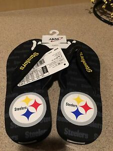 Pittsburgh Steelers NFL Sequined Flip Flops Size XSmall Women's 5-6 Mens 3-4 NWT