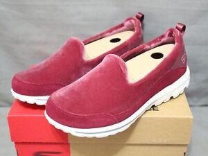 SKECHERS PERFORMANCE Women's slip on burgundy GOwalk SWANKY shoes size 7 M New