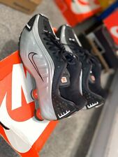 Trainers Shox R4 Size 10 Nike