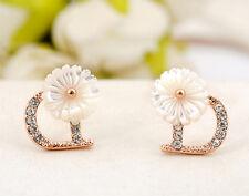Ladies White Mother of Pearl 10MM Cute Flower 925 Silver Stud Earrings Stunning