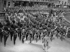 OLD PHOTO of 1922 King George V & Southern Irish Regiments at Windsor 2