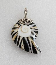 Unique Vintage Hand Crafted Sterling Silver & Spiral Sea Nautilus Shell Pendant