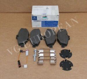 For 1994-1995 Mercedes E420 Brake Pad Set Front OPParts 89377DK
