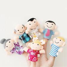 Juego de 6 Marionetas de Dedo - Familiares Incluidos  AC