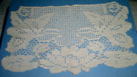 "Vintage Hand Crocheted Table Dresser Scarf 16-1/2"" x 9-1/2"" Beige Cotton LA496I"