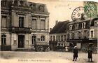 CPA Entrains-Place de l'Hotel de Ville (421287)