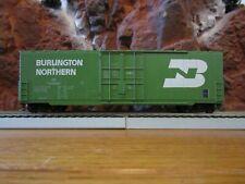 HO Scale Roundhouse Burlington Northern 50' Single Door Boxcar 748856