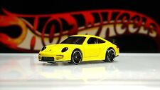 Hot Wheels / Porsche 911 GT2 / Yellow / 2012