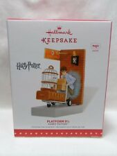 2015 Hallmark Keepsake Ornament Platform 9 3/4 Harry Potter Magic Sound B31