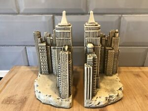 TMS 2002 Metropolitan Empire State New York City Scape cast Resin Bookends
