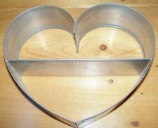 Stainless steel Berryhill heart wall decoration Primitive country shelf metal
