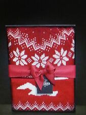 Hollister HCO Betty's Knit Hat & Eternity Scarf Box Set Red / White One Size NWT