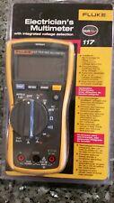 Fluke 117 Electrician's Digital Multimeter   **New in Box**    MSRP $215
