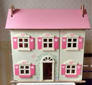 large Wooden    DOLL'S HOUSE       26 inches tall