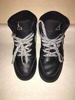 Nike Air Jordan Black And White Size 6.5Y GUC!!