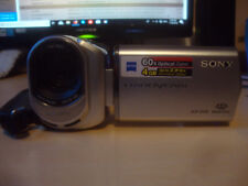 Sony Handycam DCR-SX30 Digital Video camcorder 60x Optical zoom plus charger