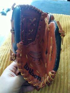 Left Hand Wilson T-Ball/Baseball Glove Mit Easy Catch A0300 AS10