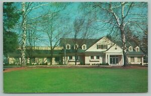 Cheshire Connecticut~Waverly Inn From Front Lawn~Vintage Postcard